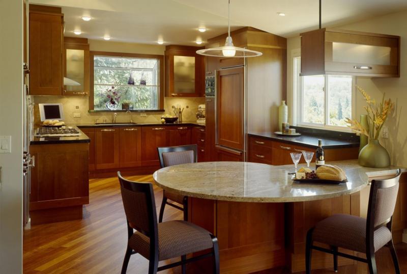 """Дизайн маленькой кухни: """"расширяем"""" кухонное пространство"""