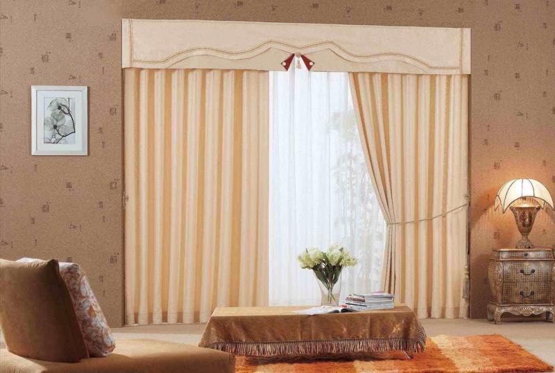 Обои для зала и шторы дизайн