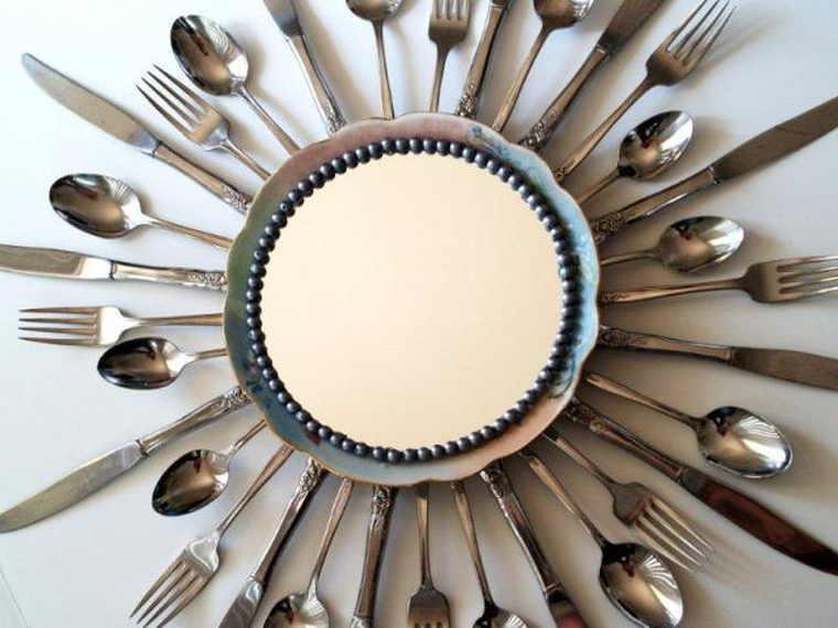 Зеркало для кухни со столовыми приборами [Мастер-класс]