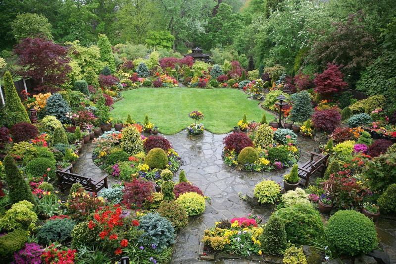 Девиз ландшафтного дизайнера - красота и комфорт