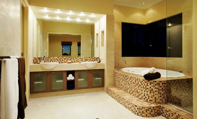 Фото современного интерьера ванной комнаты