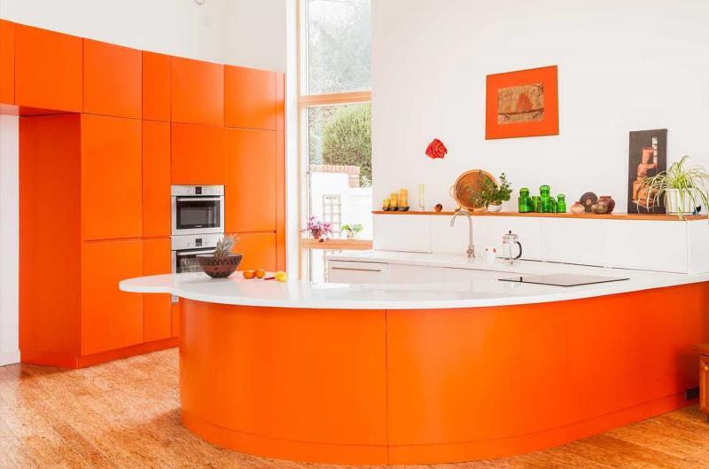 Цветовое решение для кухни 2017 -оранжевый 1