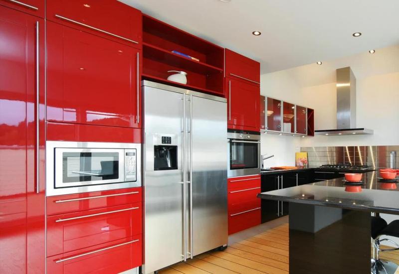 Цветовое решение для кухни в 2017- красный 1