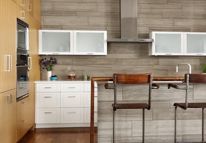 Декоративные панели в интерьере кухни 3