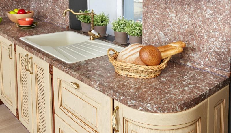 Функциональная столешница для кухни