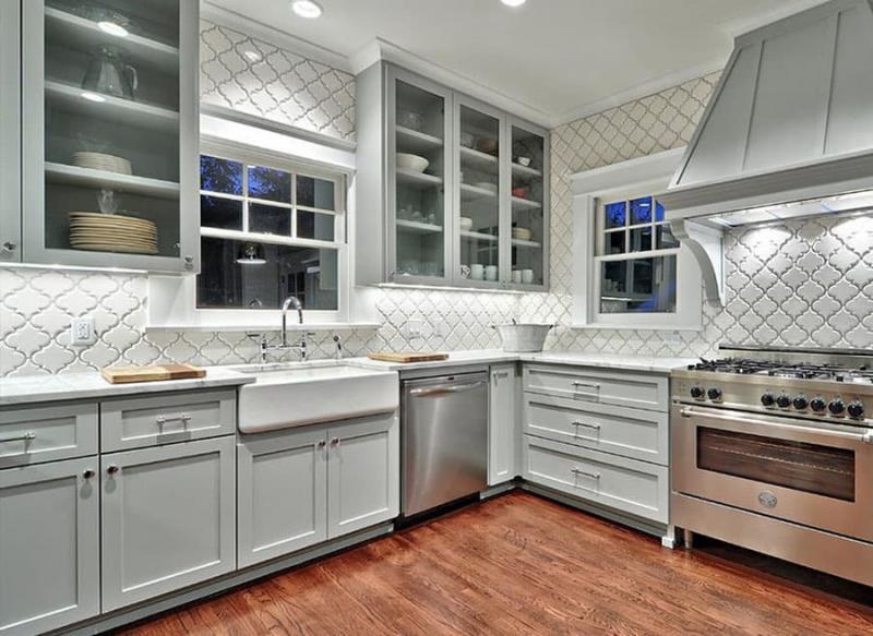 Кафель в интерьере кухни 1