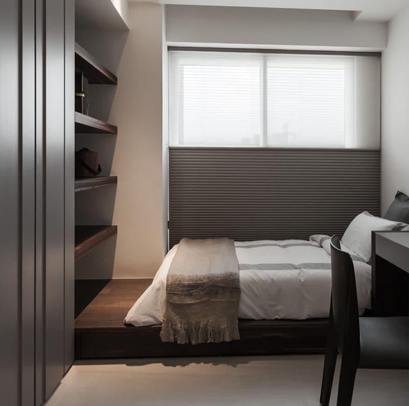 Интерьер маленькой спальни - фото 1