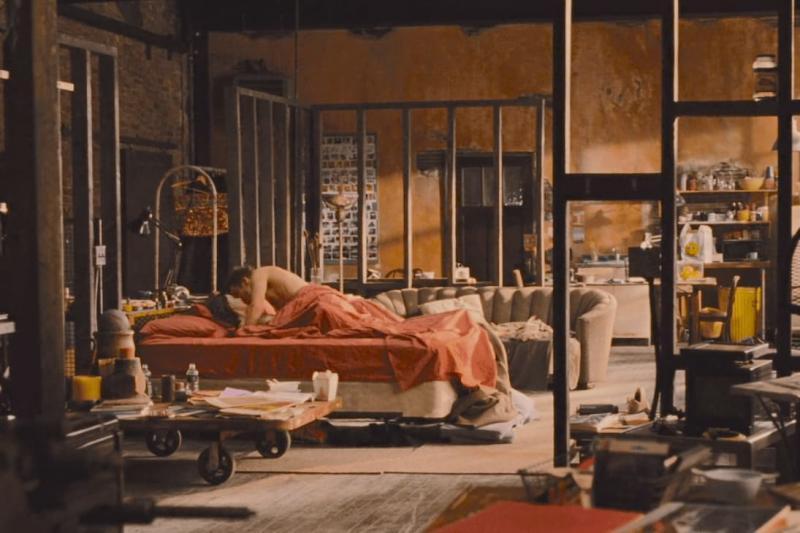 Любовь и другие лекарства (спальня в стиле лофт) 3