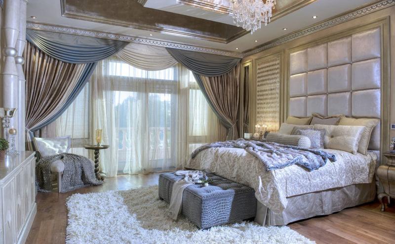 Шторы с ламбрекенами в интерьере спальни 1