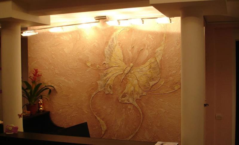 Декоративные рельефы в интерьере 7