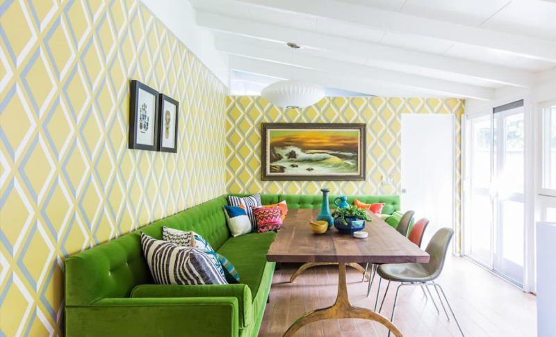 Оттенок Greenery в дизайне гостиной - фото 3