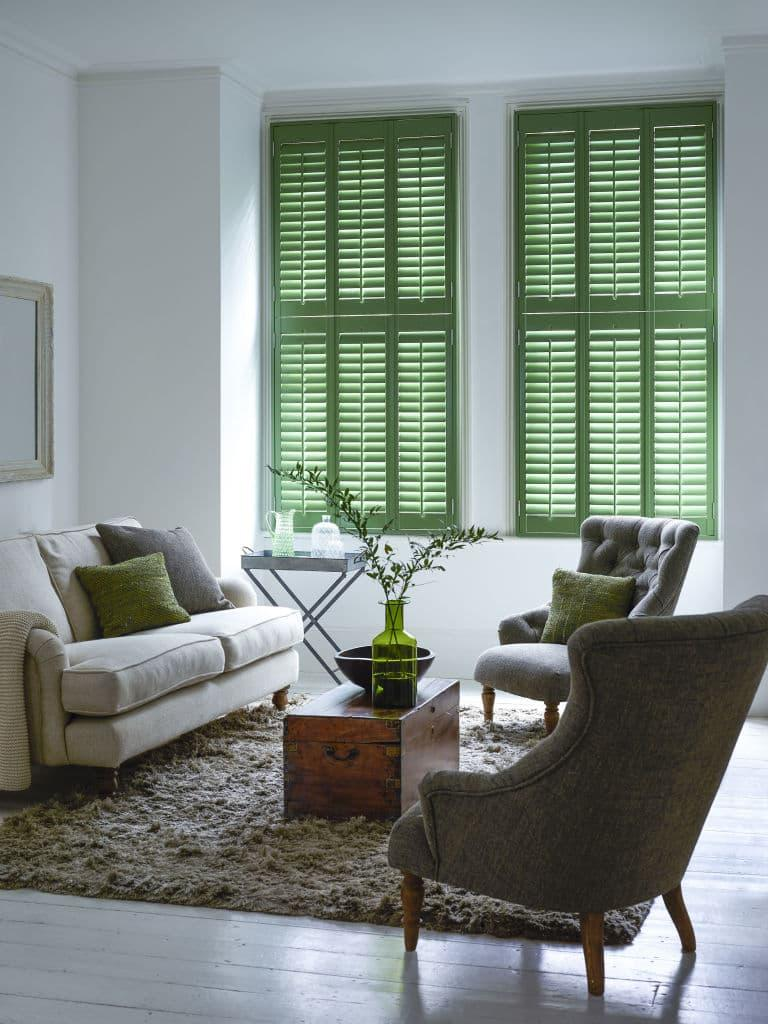 Оттенок Greenery в дизайне гостиной - фото 6