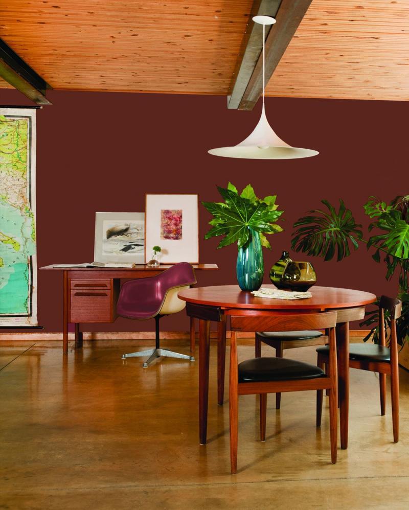 Оттенок Potter's Clay в интерьере гостиной 4