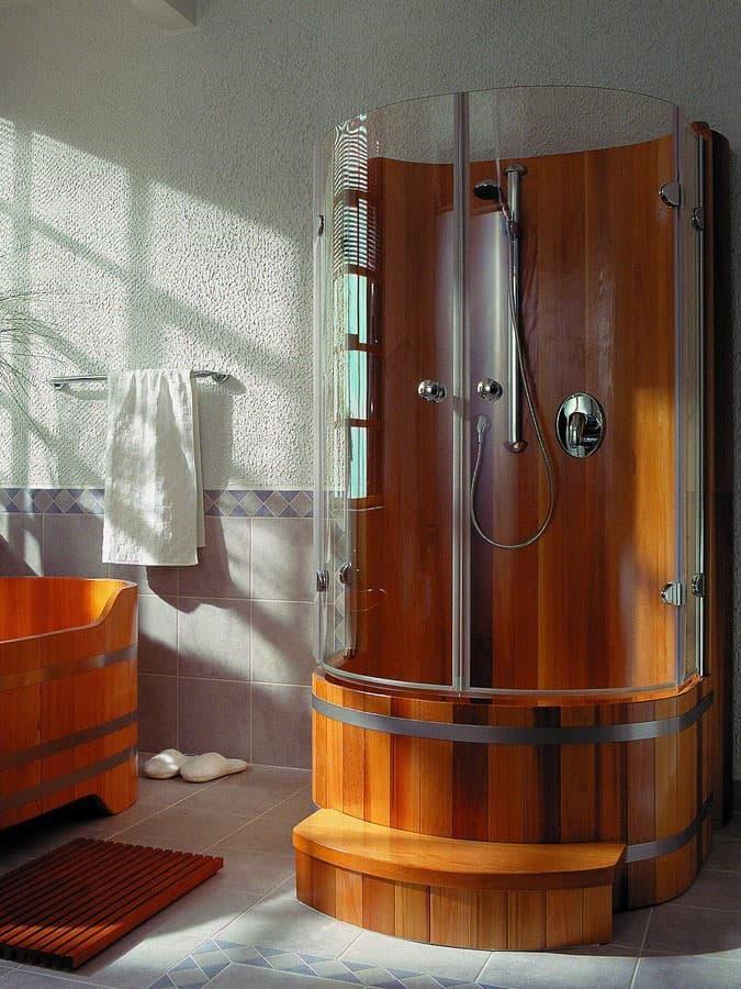 Душевая кабинка из эко-материалов 2