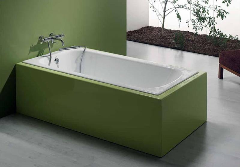 Стальная ванна в интерьере 1