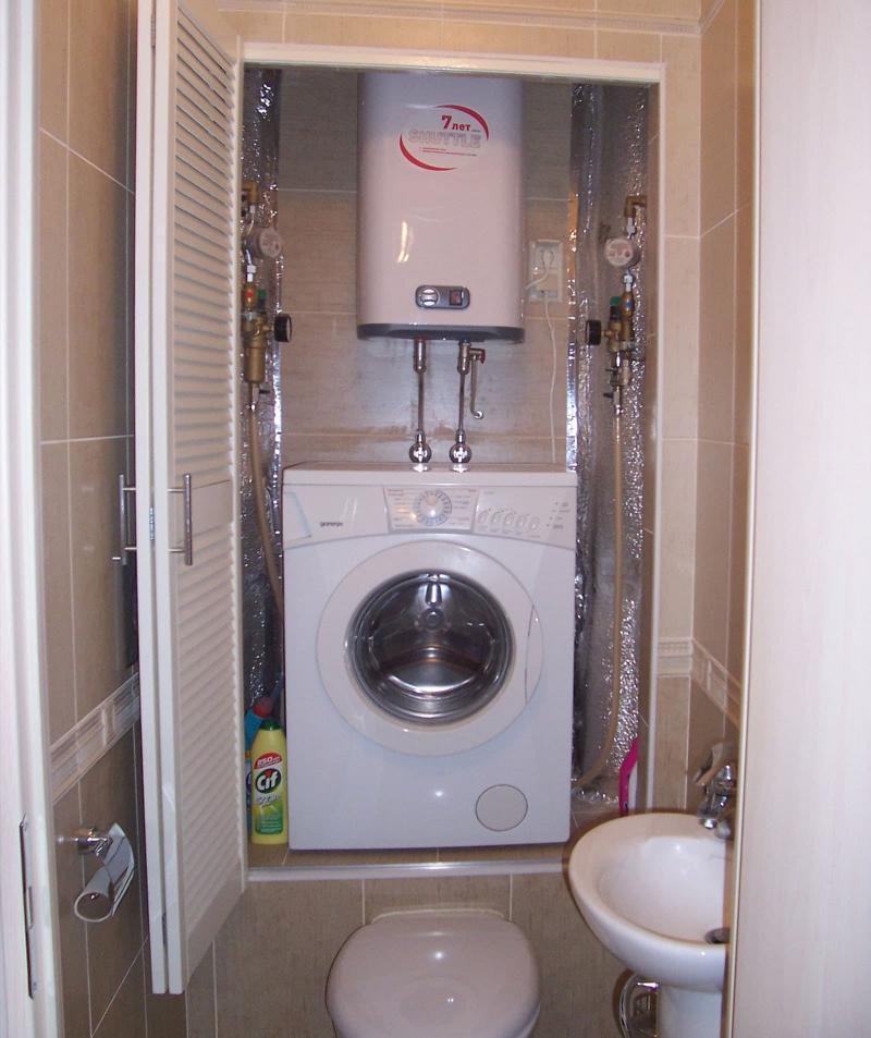 Стиральная машинка в интерьере ванной 3