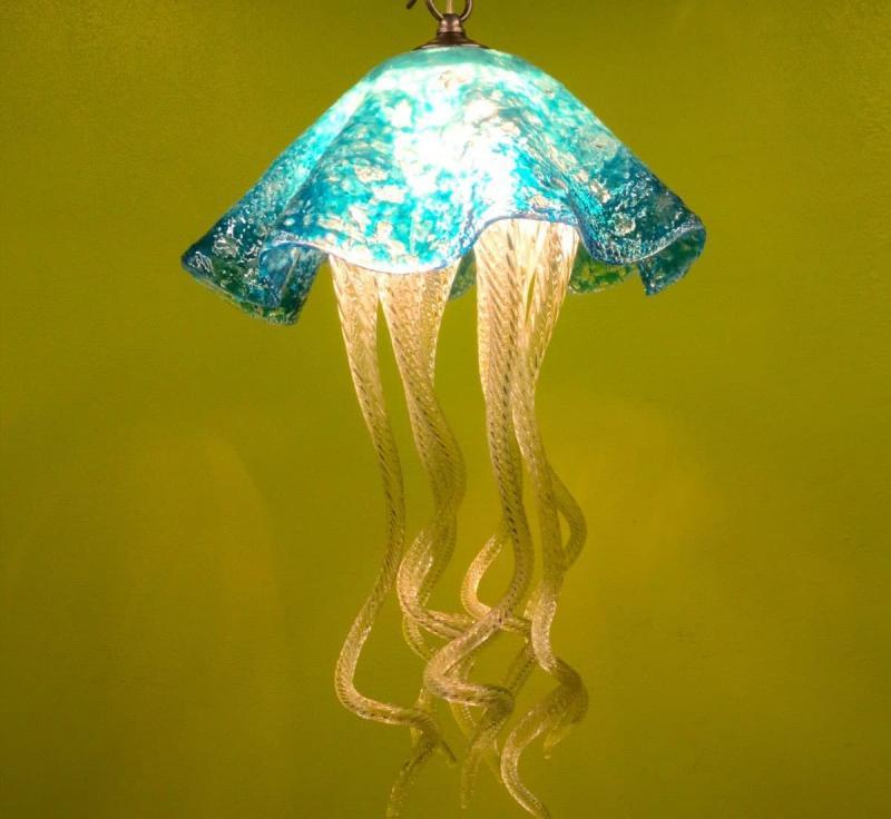 Необычные светильники из стекла 4