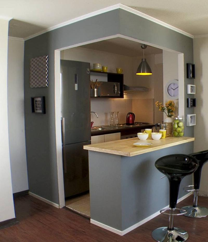Компактная кухня в квартире-студии