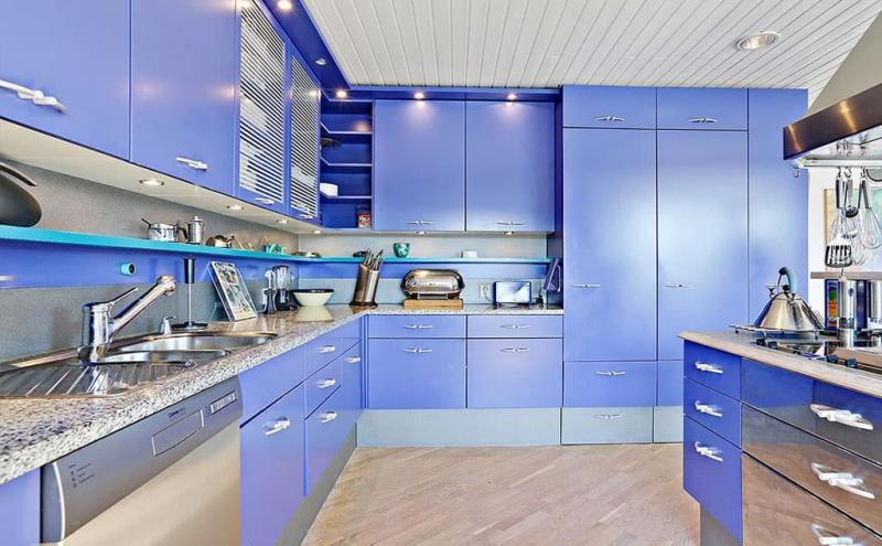 Кухня в голубом цвете 2