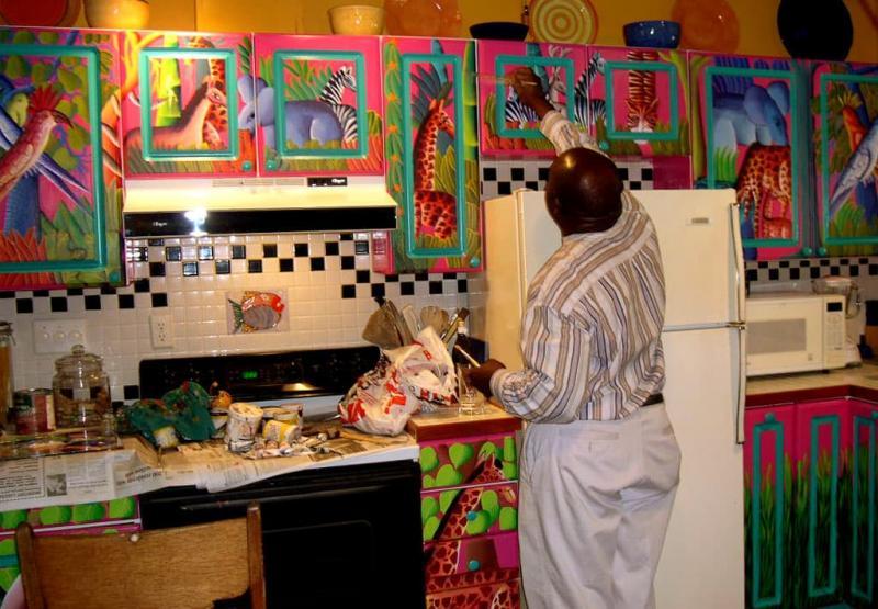Неудачный пример сочетания цветов на кухне