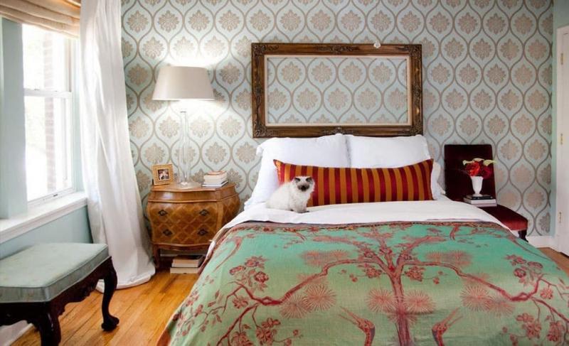 Обои с геометрическим принтом в спальне 2