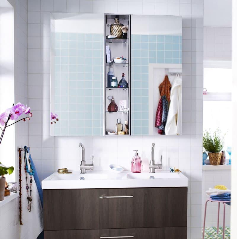 Навесной шафчик в ванной 3