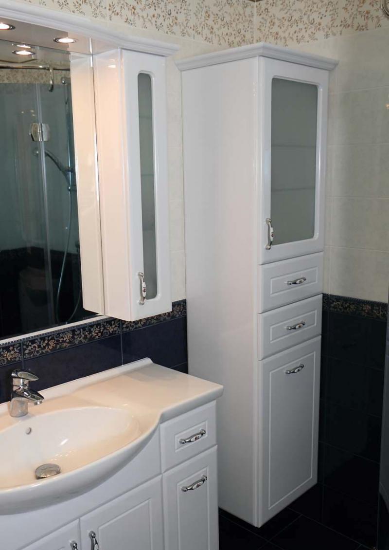 Шкаф-пенал для ванной 1