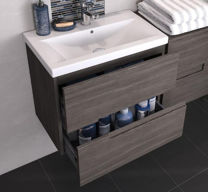 Выдвижные ящики в интерьере ванной 6