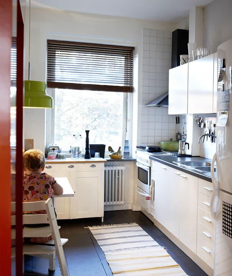 Бытовая техника в интерьер маленькой кухни 4
