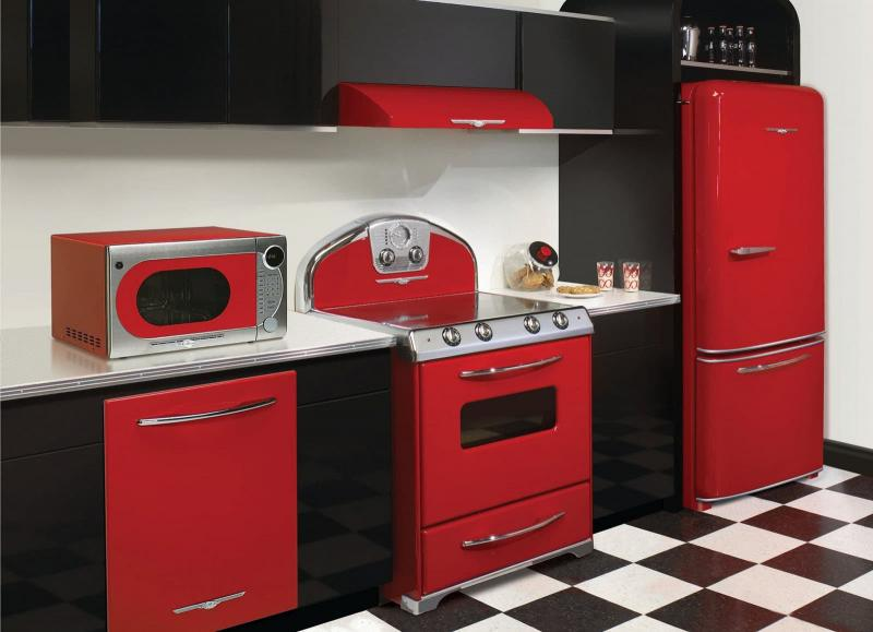 Бытовая техника в интерьере кухни