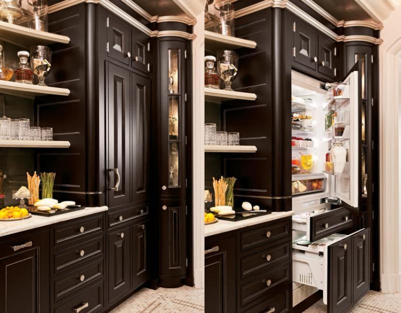 Холодильник в интерьере кухни 1