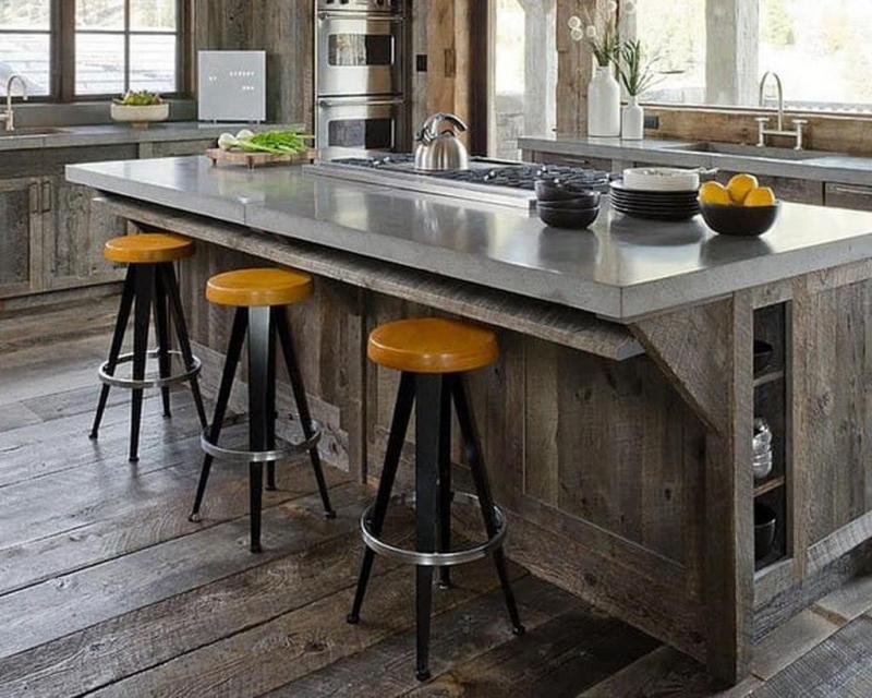 Интерьер кухни с табуретками 2
