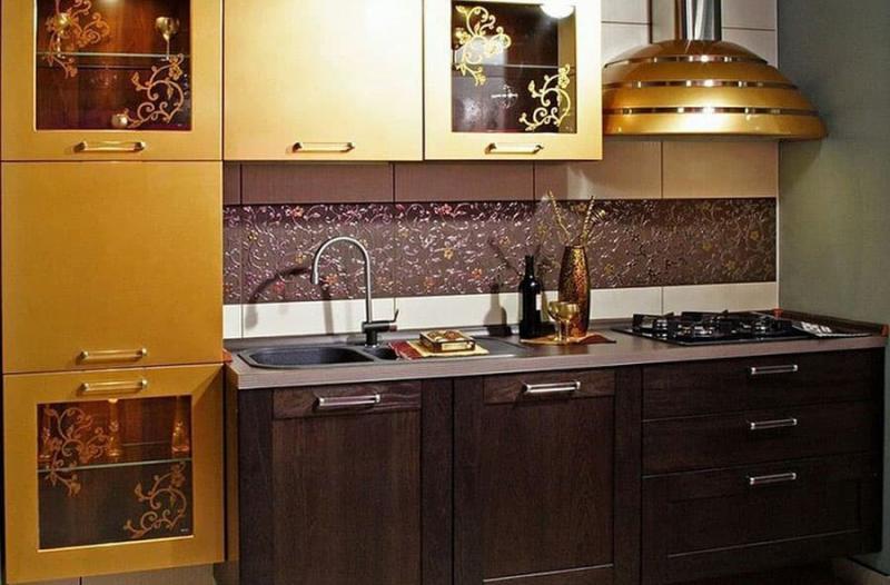 Кухня с вытяжкой 3