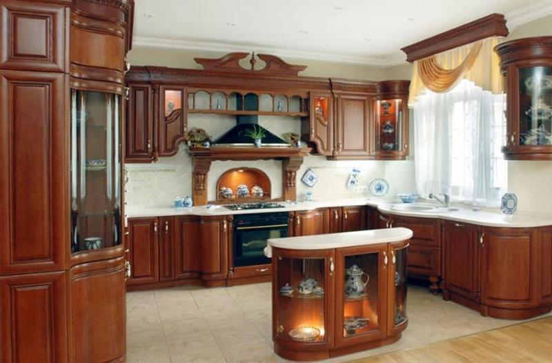 Кухня с вытяжкой 6