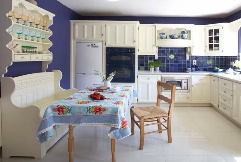 Кухонный уголок в интерьере кухни 3