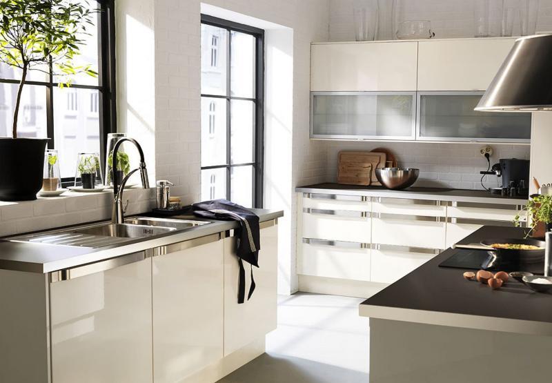 Мойка в интерьере кухни 1