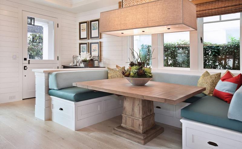 Обеденный стол из дерева 1