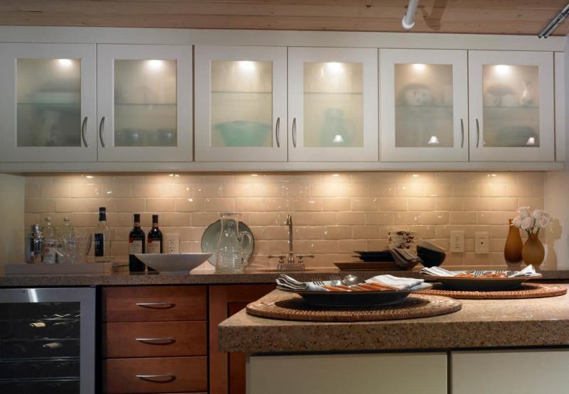 Освещение в интерьере кухни 3