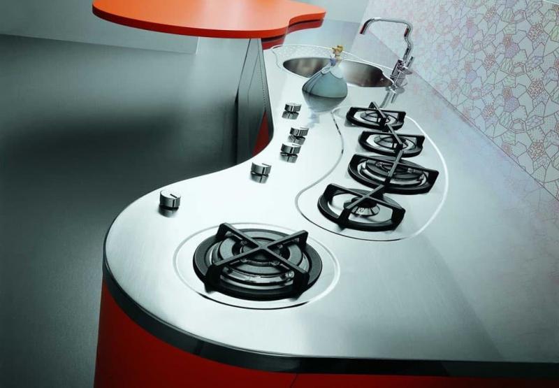 Плита в интерьере кухни