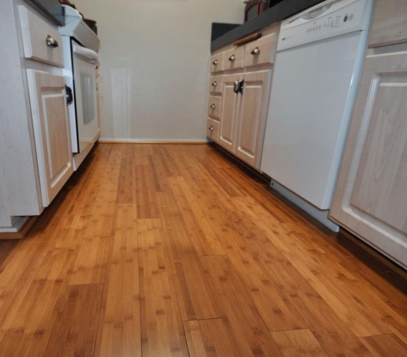 Пол на кухне (паркет) 2