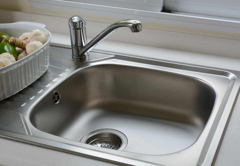 Раковина для мытья посуды из стали