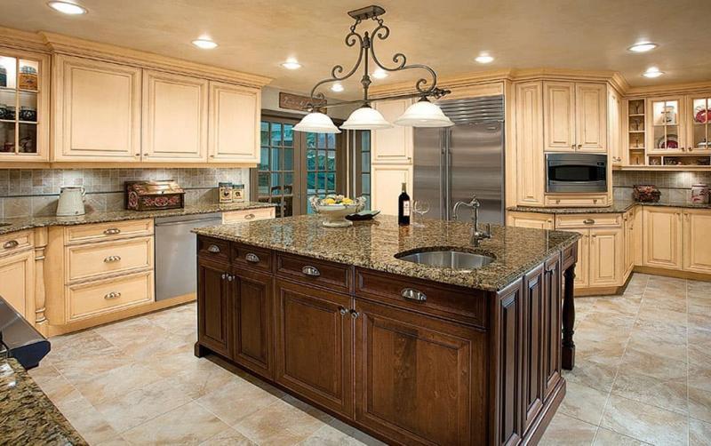 Светильники в интерьере кухни 1