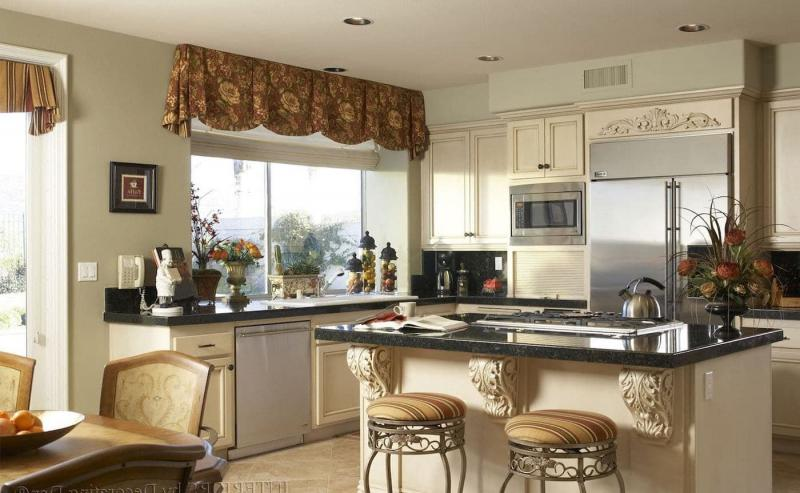 Curtains for the kitchen in a classic style 10
