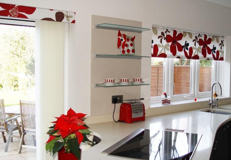 Шторы для кухни в современном стиле 7