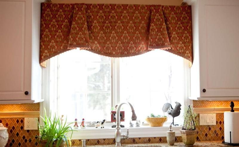 Curtains for kitchen in country style 10