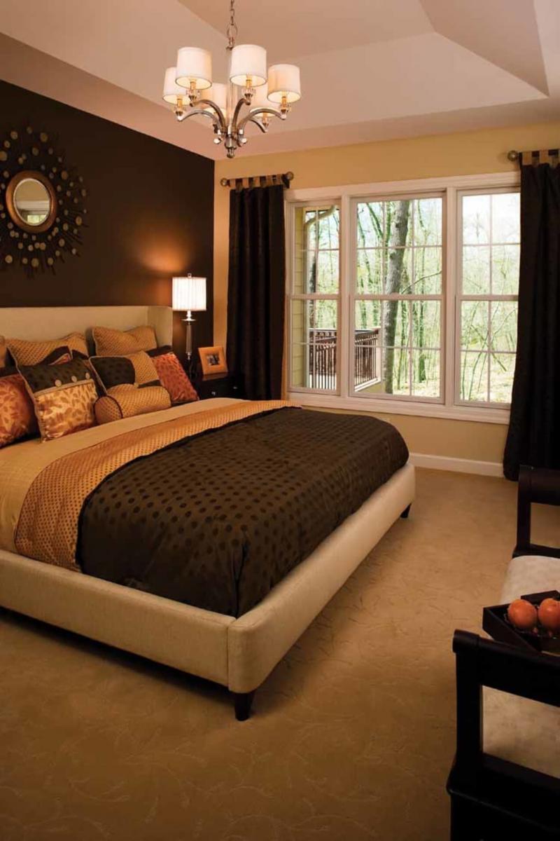 Коричневые шторы для спальни 3