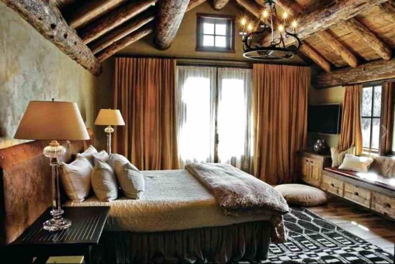 Коричневые шторы для спальни 6
