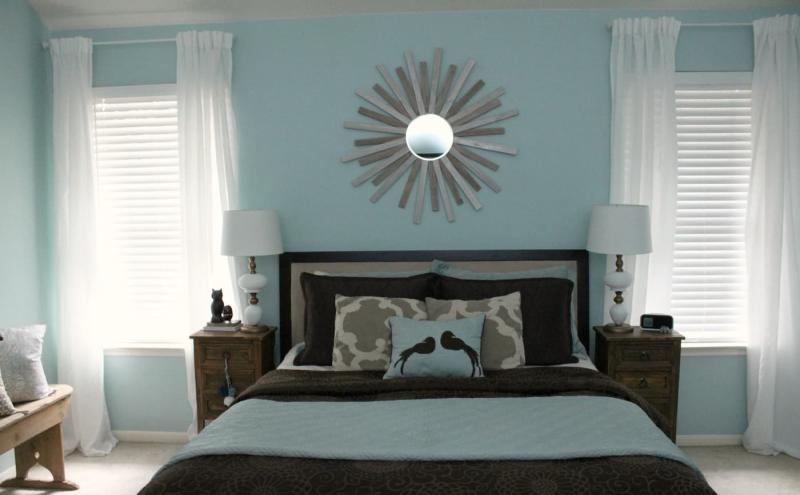 Шторы для спальни с двумя окнами 4