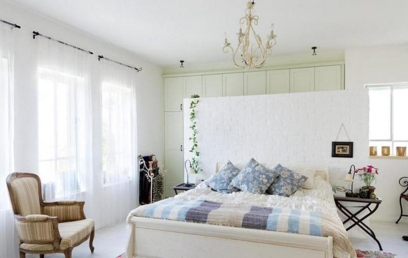 Шторы для спальни в стиле прованс 8