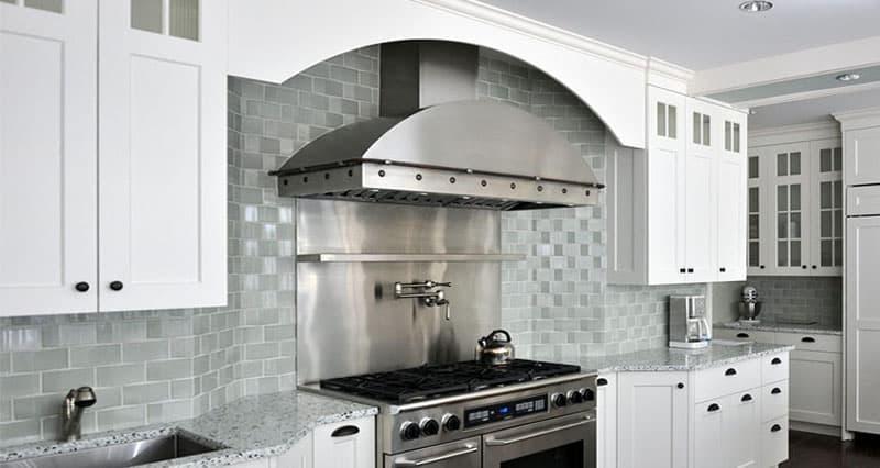 кухонные обои белая гамма 7